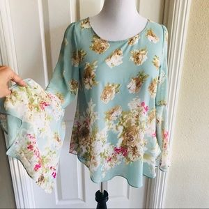 Tops - Khloe California Sheer Top  Floral M bell sleeves